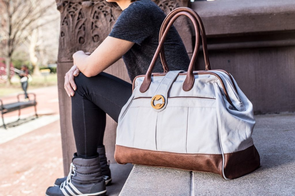 TIME TO GO FOR STYLISH BAGS